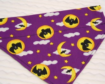 Dog Collar Bandana for Halloween in Sizes XS to XL with Bats