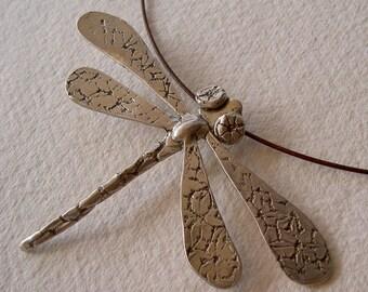 Libélula grande colgante/Big dragonfly necklace