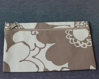 Small Zipper Canvas Pouch - Brown Floral
