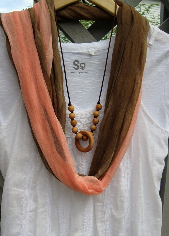 """Nursing Necklace Teething Ring Necklace """"Rattling Beads"""""""