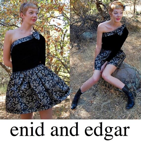 Party Dress Vintage 80s Black Velvet Metallic Jessica McClintock One Shoulder Party Dress