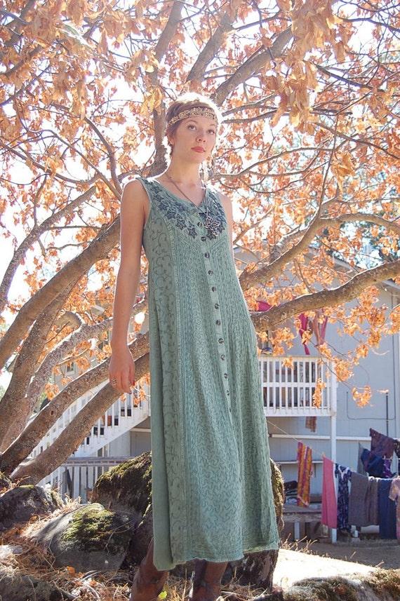 India Maxi Dress Vintage Sage Green Embroidered Ethnic India Boho Gypsy Maxi Dress (s m)