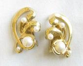 Vintage Gold Tone Swirl White Faux Pearl Clip Earrings