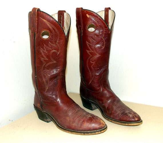 Vintage Acme Cowboy Boots size 8 D or cowgirl size 9.5