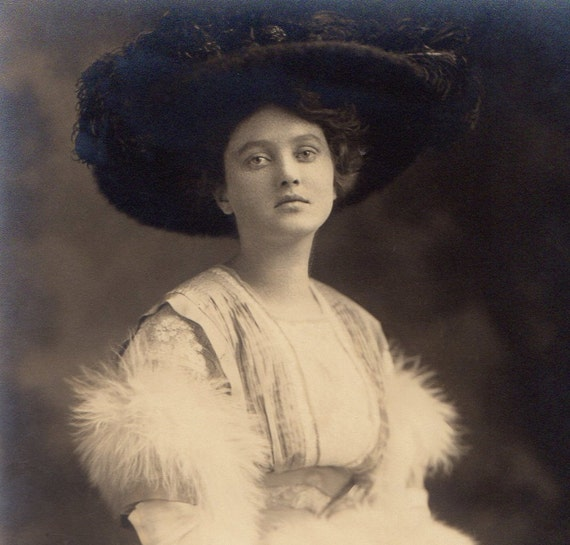 Medium Vintage Photo - Dorothy in 1906 while in college in Washington