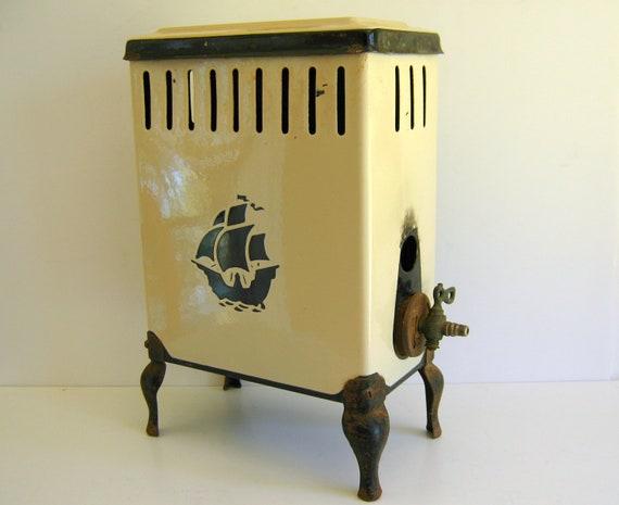 Reserved for Allison  OKeefe & Merritt Heater / Antique / Enamelware / Cream Black Trim