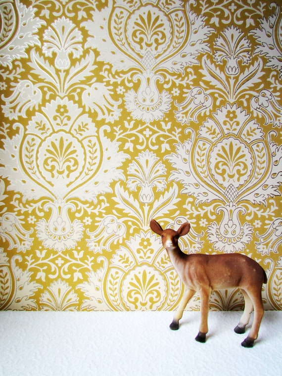 Mustard Design Wallpaper : Last one vintage mustard ancanthus leaf wallpaper yard