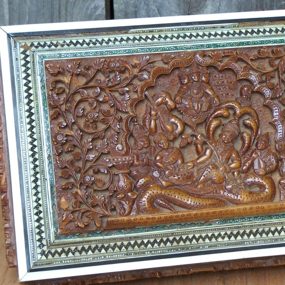 Reserved for Al Paca - Vintage Handcarved Wooden Box with Beautiful Inlay Design