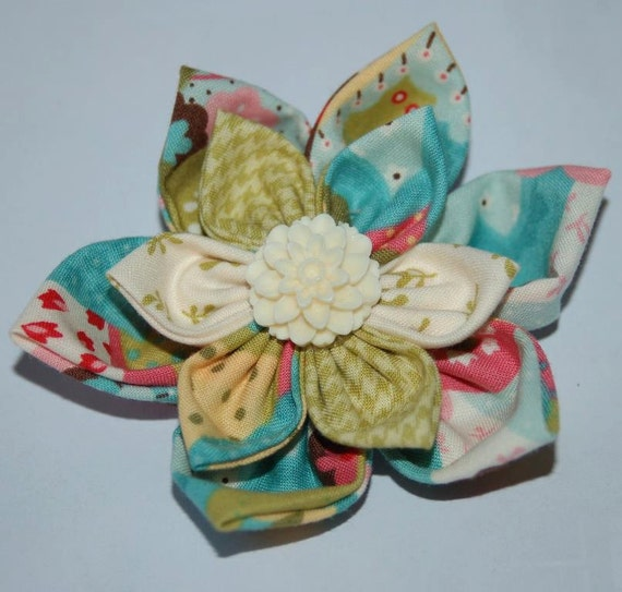 Girls Baby pink Ivory olive Flower Headband or Hair Clip Fabric Flower Elastic Headband Hair Bow
