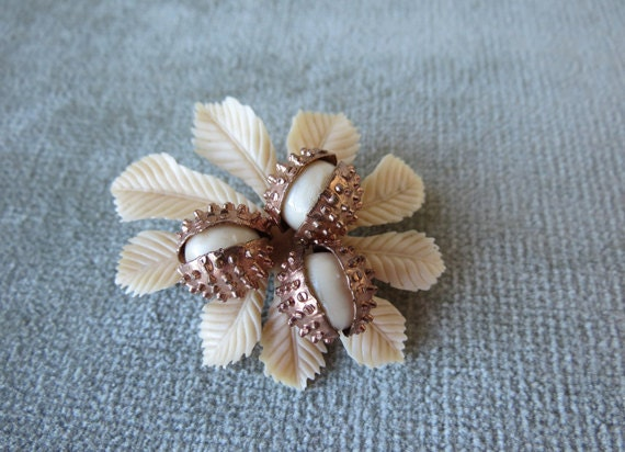 Celluloid and Brass Chestnuts Brooch / 1930s