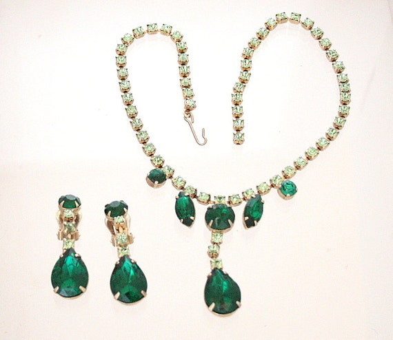 Vintage Emerald Green Necklace Earrings Set Classic Drops Wedding Bride