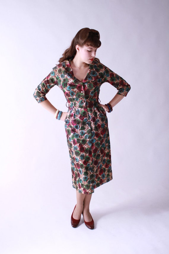 Vintage Late 1950s Bombshell Mad Men Dress with Rose Print
