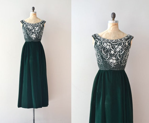 1950s dress / velvet 50s dress / Winter Pageantry