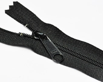 Wholesale Handbag YKK Zippers- 27 inch 5 Black Long Pull Handbag Zippers - YKK Number 4.5  Closed Bottom