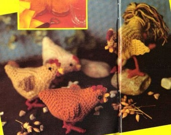 Vintage Crochet Pattern - Hens and Rooster
