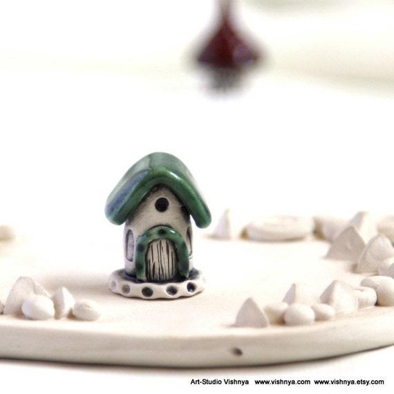 Green Summer house of tiny fairies by studio Vishnya