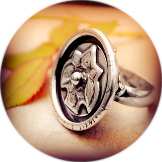 The Understatement Ring- A Sterling Silver Filigree Cocktail Ring