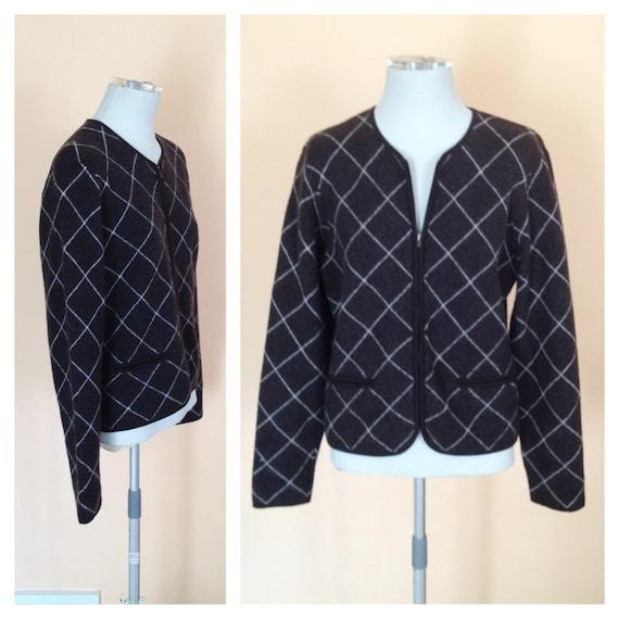 Vintage Dark Gray and White Checked Zip Up Wool Sweater. Merino Wool. Size Small. Jones New York. Classic. Fall. 1980s. Gray Sweater.