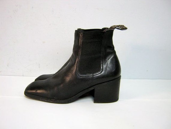 vintage 90s women's black leather Enzo Angiolini ankle boots 8.5