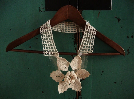create your own garden - crochet lace necklace - ooak