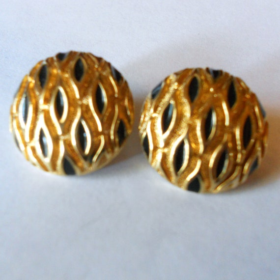 Vintage 1960's Gold and Black Button Pierced Earrings