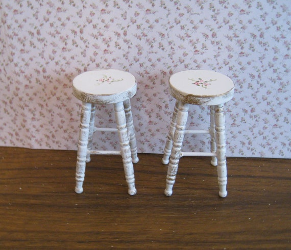 dollhouse stools two distressed white with rose bouquets. Black Bedroom Furniture Sets. Home Design Ideas