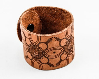 Leather Cuff - Modern Floral Pattern - Laser Engraved (Caramel Tan)