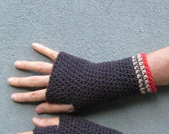 men's texting gloves/ chocolate brown cotton crochet