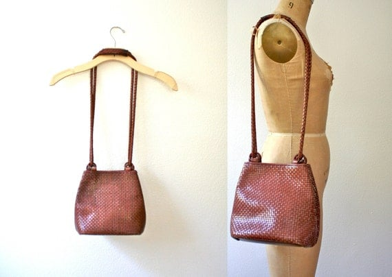 80s woven purse : Brown drawstring