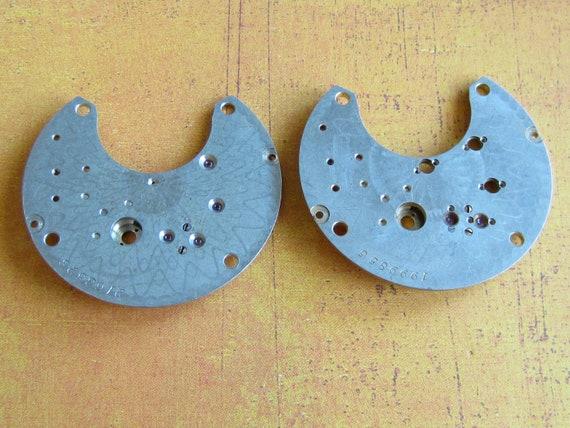 Vintage metal pocket Watch plates  - Steampunk - Scrapbooking T28