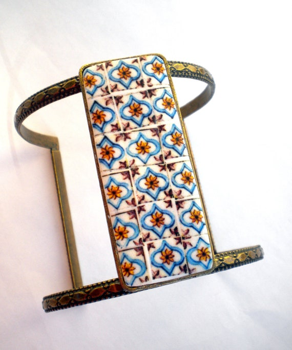 Portugal Tile Antique Replicas 17th Century POMBALINO Brown and Blue  (see photo)  Bracelet