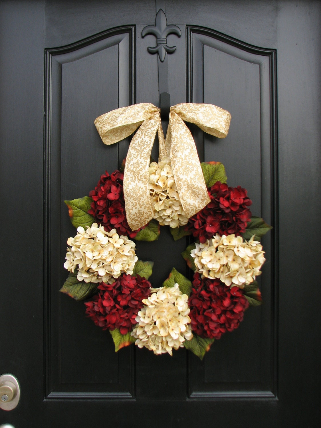 Merry christmas wreath traditional christmas holidays Christmas wreath decorations