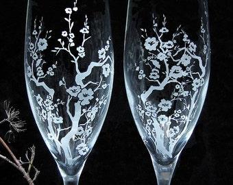 2 Cherry Blossom Champagne Glasses, Spring Wedding Flutes, Toasting Flutes