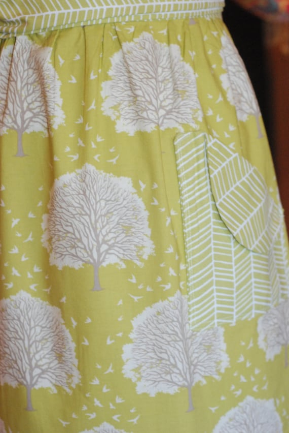 Modern Vintage Half Apron for Ladies in Green Trees and Herringbone Print Cotton Fabric for Cooking, Baking and Entertaining