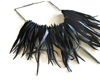 Leather Fringe Necklace. Boho Jewelry. Bib Statement Necklace. Boho Chic Style Collar Necklace in Black. Womens Gift. Gypsy Necklace