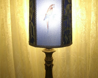 Vintage Table Lamp w/ Beautiful Blue Parrot Half  Shade