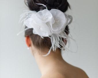 Bridal Hair Accessory, Floral Wedding Hair Comb, Wedding Headpiece, Wedding Feather Fascinator
