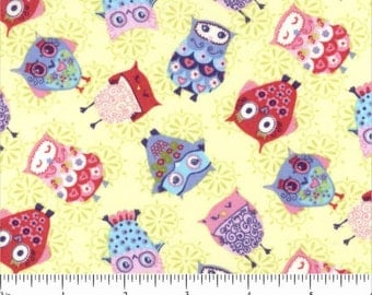 Small Scattered OWLS on Light Green Fabric by the Henley Studio for Andover Makower UK Fabrics - 1 yard