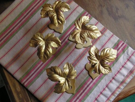 Set of 5 Gold Metal Grape Leaf Curtain  Hooks Tiebacks Hardware