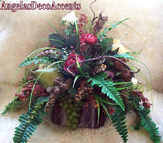 Reduced Christmas Decorations: Items Similar To REDUCED Fine Silk Floral Centerpiece