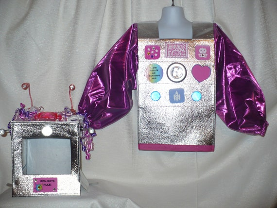 Cute Robot Costume for Girls, size 2/4, for Halloween/Dress Up, Really Lights Up