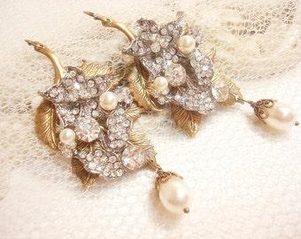 Bridal earrings, Vintage wedding earrings, Pearl wedding jewelry, rhinestone earrings, chandelier earrings, vintage style earrings