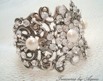 Crystal Bridal bracelet, Cuff Wedding Bracelet, Vintage Bridal jewelry, vintage style bracelet, Swarovski bracelet, rhinestone bracelet,