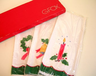 Vintage Christmas Guest Towels