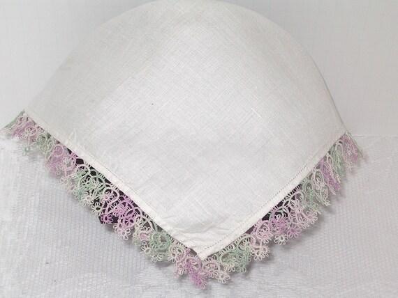 Handkerchiefs with Tatted Edging,set of 2 fine linen