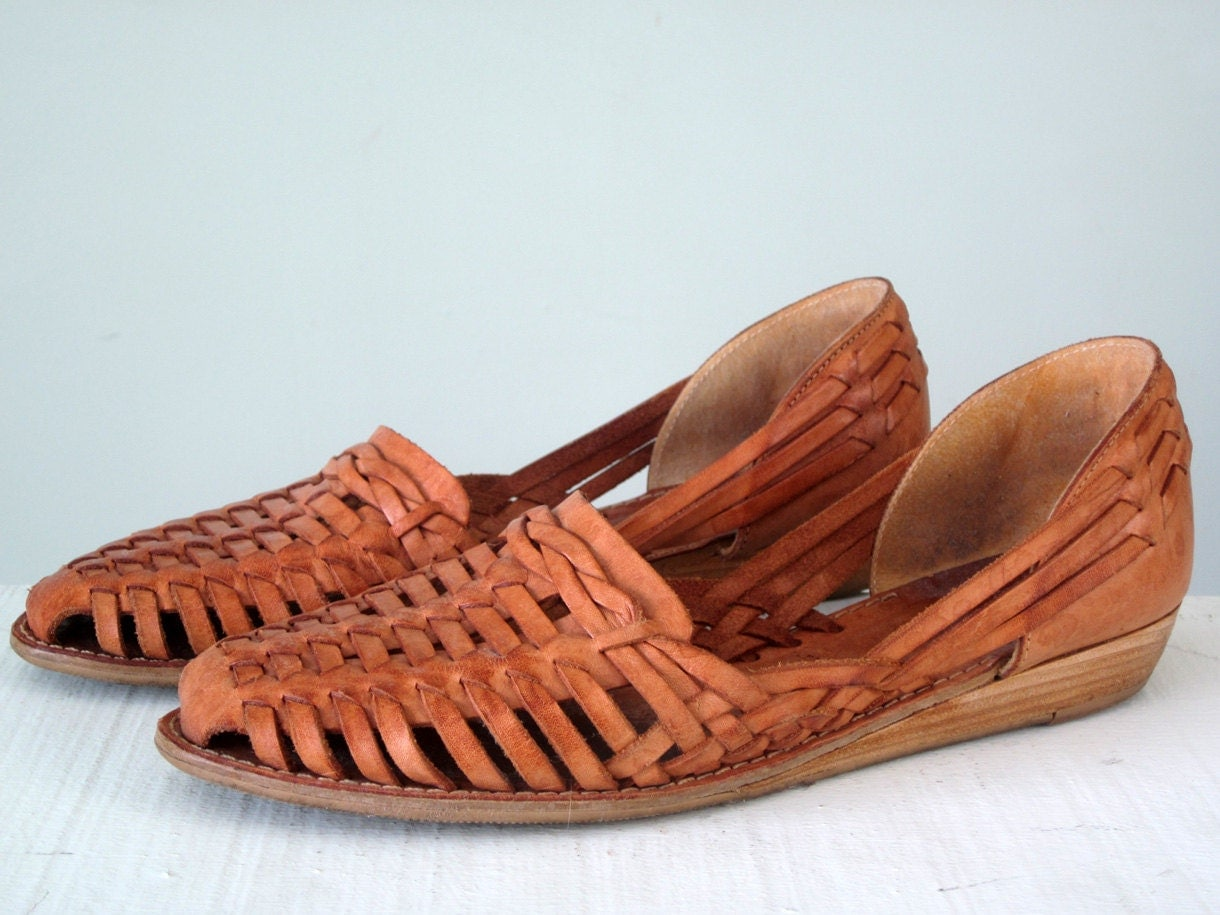 woven flats / brown leather huarache sandals shoes 8 / 38.5
