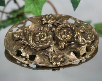 Vintage Goldtone Metal Decorative Brooch