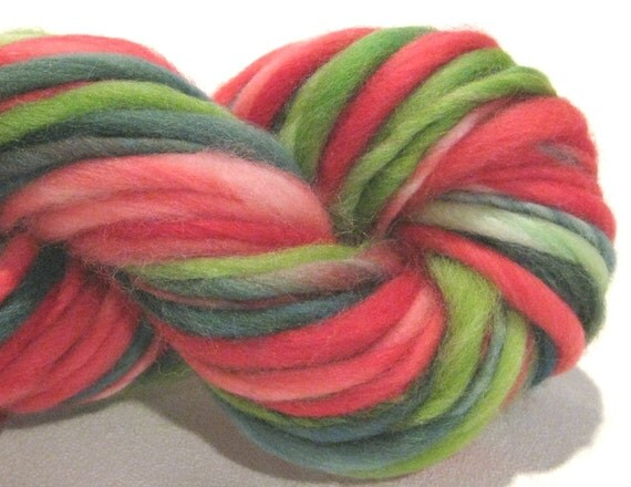 thick and thin bulky handspun yarn Pines N Holly 50 yards, merino wool yarn Christmas green red
