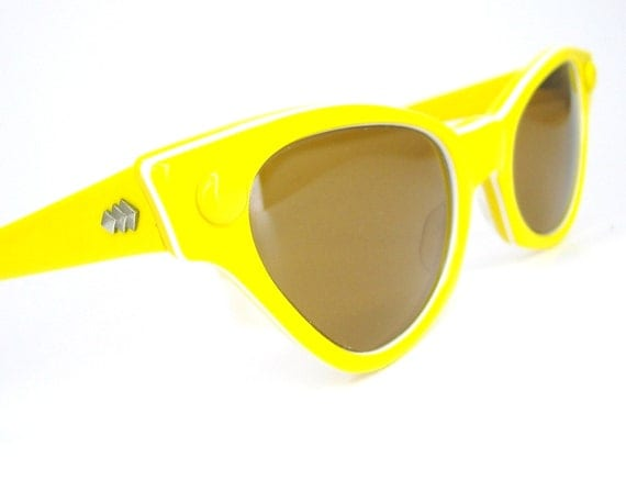 Vintage 50s Yellow Cat Eye Sunglasses Very Unique Never Worn American Optical