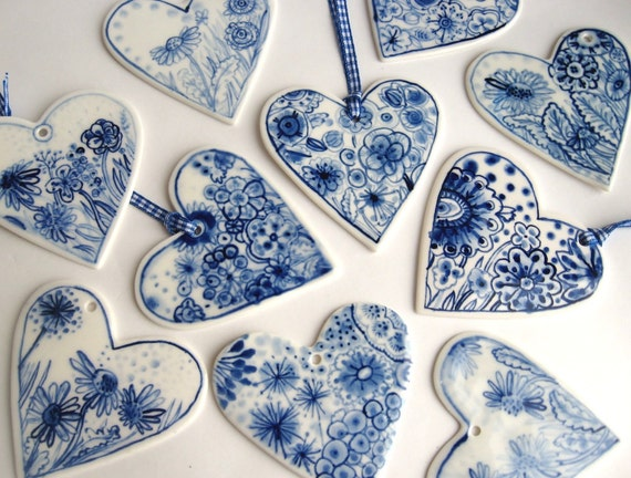 Hand painted porcelain  heart -  Dutch blue and white  Delft Ornament